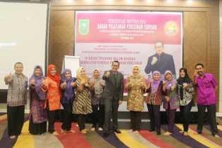 In House Training dalam Rangka Peningkatan Kinerja Pelayanan Perizinan DPMPTSP Provinsi Riau