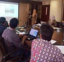 giliran perusahaan yang berada kota pekanbaru dan kabupaten meranti mengikuti kegiatan bedah lkpm online